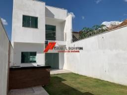 Casa nova com quintal no bairro Cidade Nova