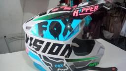 Capacete FOX v1 modelo MVRS