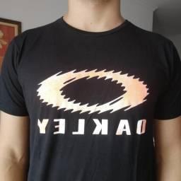 Camisa Oakley Preta/Laranja