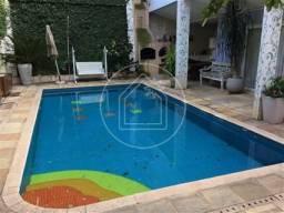 Linda casa 6 quartos,5 suítes,com piscina,varanda no Alto da Boa Vista