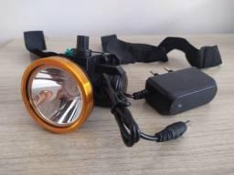 Lanterna Recarregável de Cabeça - Ilumina Muito Bem