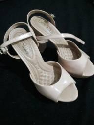 Sapatos usados