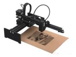 Máquina de gravura a laser