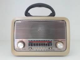 Título do anúncio: Rádio retrô AM/FM em Maracanaú