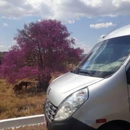 Aluguel de van para excursões, viagens e eventos