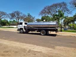 Título do anúncio: Caminhão tanque de leite 2008
