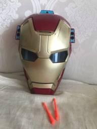 Título do anúncio: Máscara luz, som, laser e lança dardos Homem de Ferro