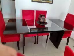 Mesa com 6 cadeiras valor 850reais