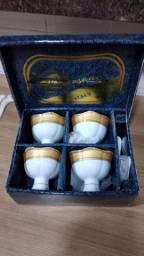 Jogo de Sobremesa em porcelana