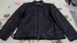 Linda jaqueta em couro legítimo