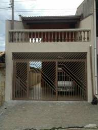 Casa - Jardim taruma - jundiaí - 4 Dormitórios e 2 Vagas - Aceita Permuta