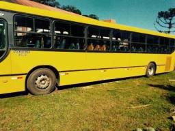 Ônibus 2002 em ótimo estado! 46 Lugares