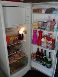 Vendo essa geladeira consul