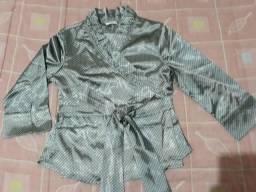 Blusa cetim G estilo kimono