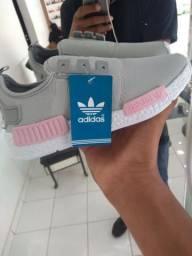 Vendo Adidas novo na Caixa!