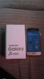 J1 Mini com caixa