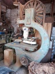 Vendo serra fita Invicta volante 80 cm.