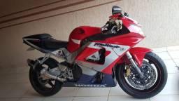 Moto Honda cbr 900 rr