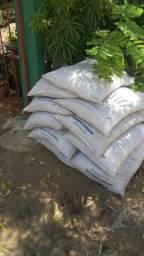 Adubo vegetal triturado/ misturar/forração