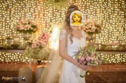 Título do anúncio: Vestido de Noiva com Véu