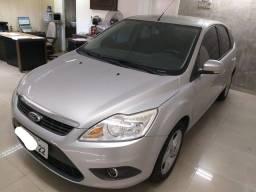 Título do anúncio: Ford Focus 1.6 2013 Impecável