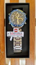 Relógio original  a prova dágua de R$399,00 por R$249,00  à vista