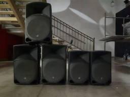 Título do anúncio: 4 Caixas Amplificadoras Mackie Thump 15P - 12P 400W