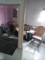 Vende-se ou troca casa Por trás da rádio Tabajara