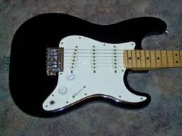 Guitarra Fender Stratocaster americana