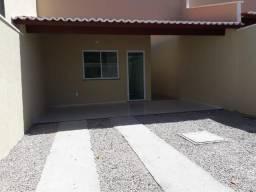 Documentação inclusa: 2 quartos, 2 wc's, garagem, sala, cozinha americana, quintal, área