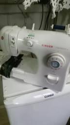 Maquina de costura marca singer