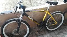 Bike da caloi aro 26 tudo Shimano