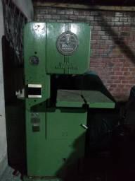 Vendo máquina serra de cortar ferro