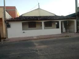 Alugo casa no sernamby, valor R$ 600,00