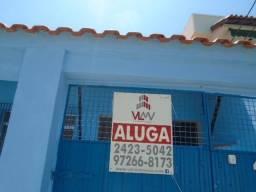 Ótima casa 02 quartos Condominio Fechado Proximo Mercado Guanabara