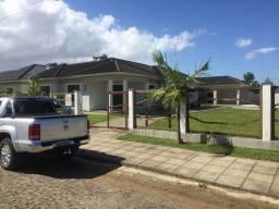 Ótima Casa com Dois Terrenos a Venda em Arroio do Sal