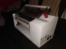 Vendo cilindro de massa para padaria ou pastelaria