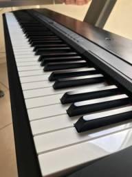 Piano P-140 YAMAHA