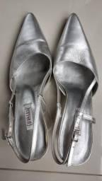 Sapato prata número 37