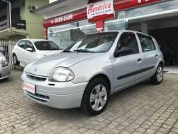 Renault/Clio RN 1.0 2001 c/ ar condicionado