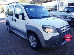 Fiat doblo Xingu 2013 completo