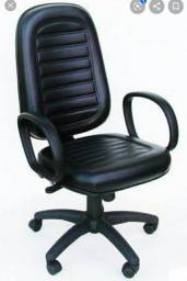 Cadeira com rodinhas
