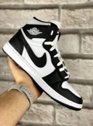 Tênis de Cano Alto Nike Air Jordan 1 Chicago Retrô Masculino - Estofada Premium!