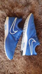 Vendo Nike Zoom Strike 41