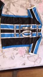Uniforme infantil do Grêmio . TAM 8