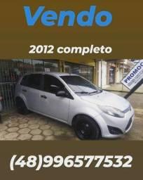 Ford fiesta ano 2012 completo