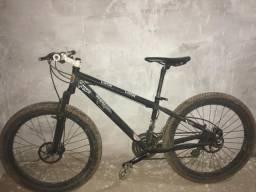 Bicicleta nova só esta suja, com nota fiscal