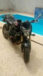 Hornet 2009/2009, pneus, relação,bateria tudo novinho, afinal moto pra pessoas exigentes - 2009