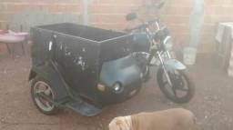 Moto com carretinha - 2010
