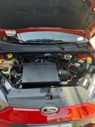 Fiesta sedan 1.0 - 2010